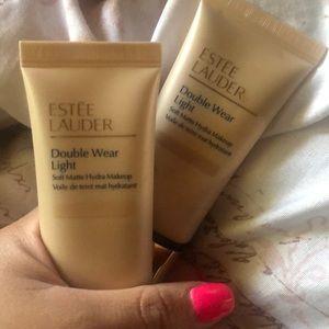 Estée Lauder double wear light foundation